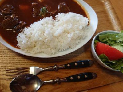 ログハウスのカフェで美味しいランチ【ヴィトラカフェ】